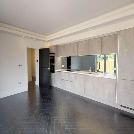 Rent this 1 bed apartment on Manor Road in Epping Forest IG7 5PR, United Kingdom