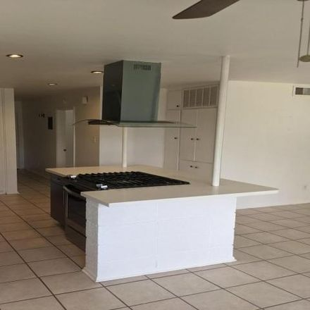 Rent this 1 bed condo on 6306 North 14th Street in Phoenix, AZ 85014