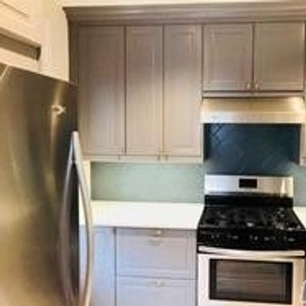 Rent this 3 bed house on Clearview Expressway in New York, NY 11360