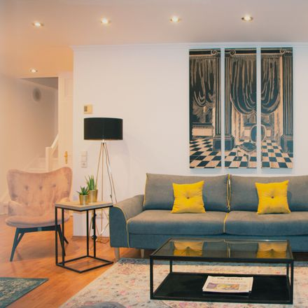 Rent this 4 bed apartment on Rembertistraße 11 in 28203 Bremen, Germany