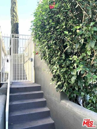Rent this 2 bed condo on N Fuller Ave in Los Angeles, CA
