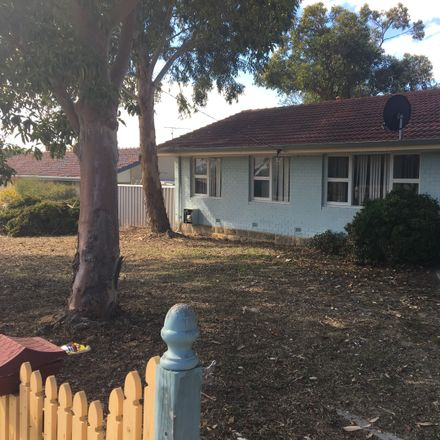 Rent this 3 bed house on 135 Culloton Crescent