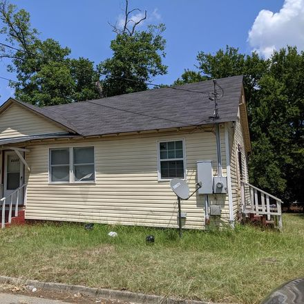 Rent this 3 bed house on Monroe Ave in Macon, GA