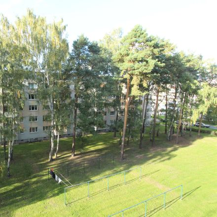 Rent this 2 bed apartment on Erich-Weinert-Straße 11 in 07629 Hermsdorf, Germany