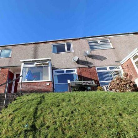 Rent this 3 bed house on Heol Islwyn in Gorseinon SA4 4LJ, United Kingdom