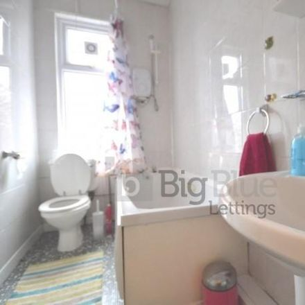 Rent this 5 bed house on Back Manor Drive in Leeds LS6 1GH, United Kingdom