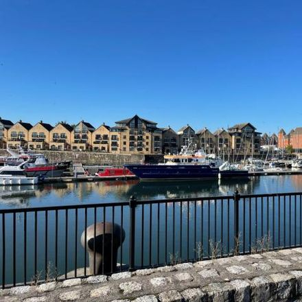 Rent this 3 bed house on Navigation Wharf in Liverpool, L3
