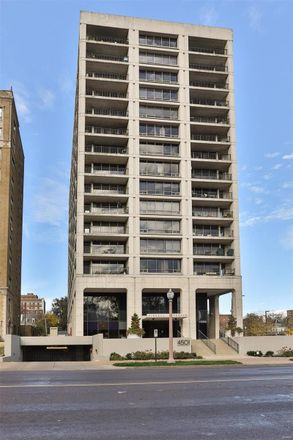 Rent this 2 bed condo on Lindell Blvd in Saint Louis, MO