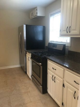 Rent this 3 bed apartment on McDermitt Rd in Memphis, TN