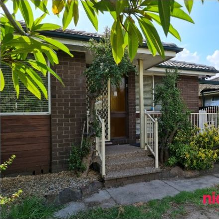Rent this 4 bed house on 72 Alice Street