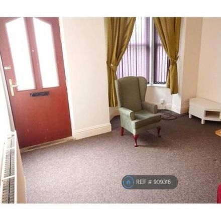 Rent this 1 bed room on Barton Terrace in Leeds LS11 8TP, United Kingdom