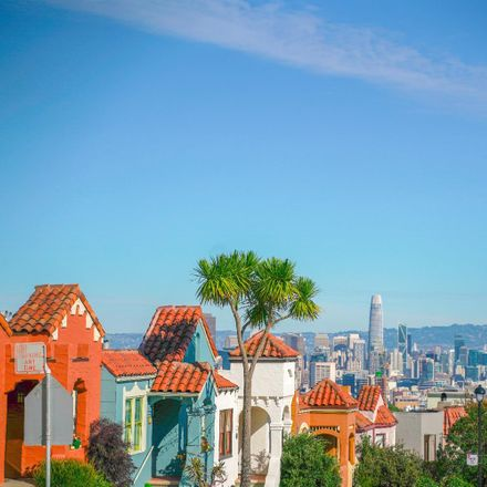 Rent this 3 bed house on 242 Romain Street in San Francisco, CA 94114-1818