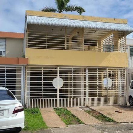 Rent this 3 bed house on PR 00985