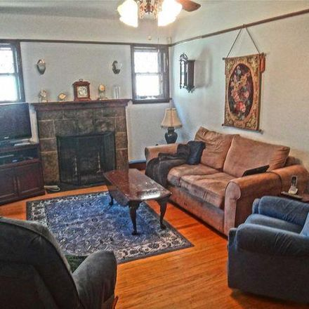 Rent this 3 bed house on 134-33 Hook Creek Boulevard in New York, NY 11422