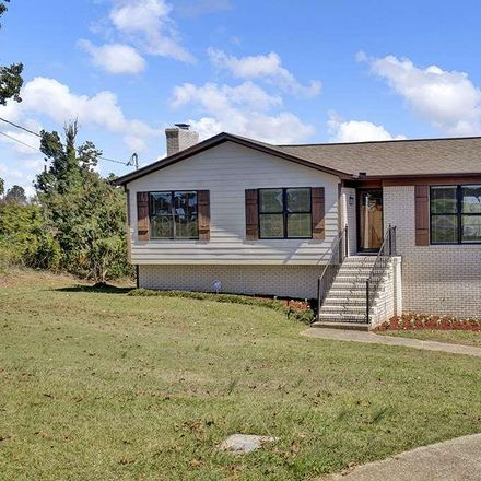 Rent this 3 bed house on 707 10th Plaza in Pleasant Grove, AL 35127