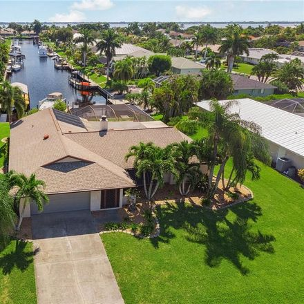 Rent this 3 bed house on 2909 Southeast 20th Avenue in Cape Coral, FL 33904