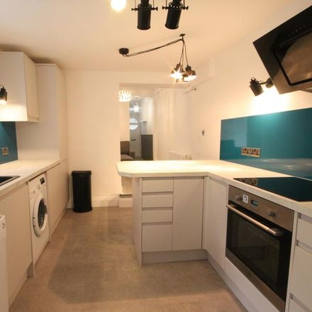 Rent this 2 bed apartment on Coombe Road Primary School in Coombe Road, Brighton BN2 4ED