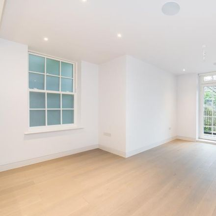 Rent this 2 bed apartment on Kidderpore Avenue in London NW3 7AS, United Kingdom