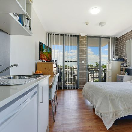 Rent this 1 bed room on 80 Parramatta Road