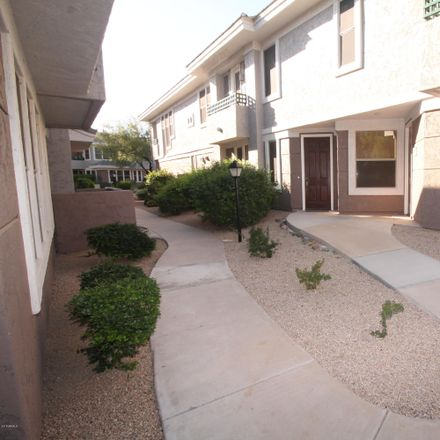 Rent this 3 bed apartment on N Clubgate Dr in Scottsdale, AZ