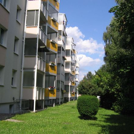 Rent this 2 bed apartment on Straße des Friedens 8 in 04567 Kitzscher, Germany