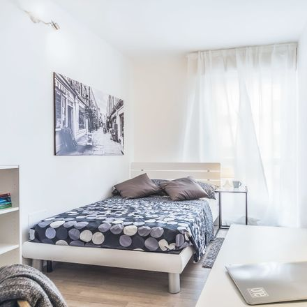Rent this 5 bed room on Via Milano in 10, 30172 Venice VE