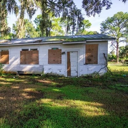 Rent this 3 bed house on 5013 Garden Ln in Tampa, FL
