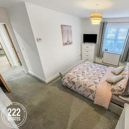 Rent this 2 bed apartment on Thelwall Lane in Edgewater Park, Warrington