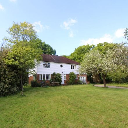 Rent this 4 bed house on Maylands in Ludpit Lane, Rother TN19 7DB