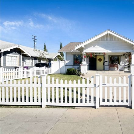 Rent this 3 bed house on 1402 Pine Avenue in Long Beach, CA 90813