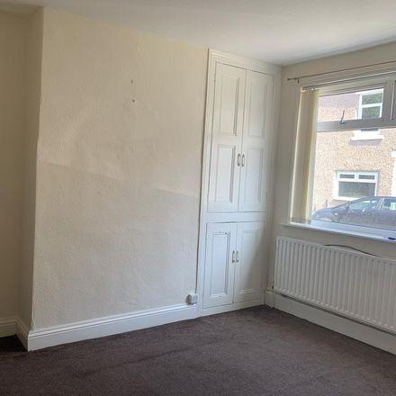 Rent this 2 bed house on Kitchener Street in Darlington DL3 6BP, United Kingdom