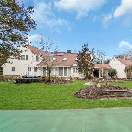 Rent this 5 bed house on W Neck Ct in Huntington, NY