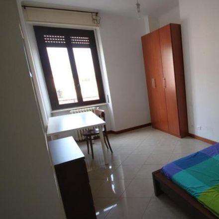 Rent this 4 bed room on Via Giuseppe Meda in 29, 20136 Milan Milan