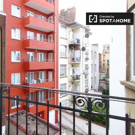 Rent this 2 bed apartment on 1080 Molenbeek-Saint-Jean - Sint-Jans-Molenbeek