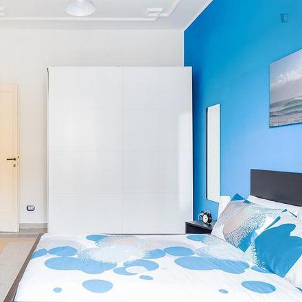 Rent this 4 bed room on Pizzalogia in Viale dello Scalo San Lorenzo, 85