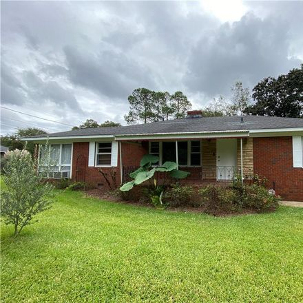 Rent this 3 bed house on 901 26th Street in Phenix City, AL 36867