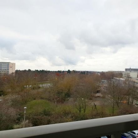 Rent this 3 bed apartment on Ringstraße 23 in 04209 Leipzig, Germany
