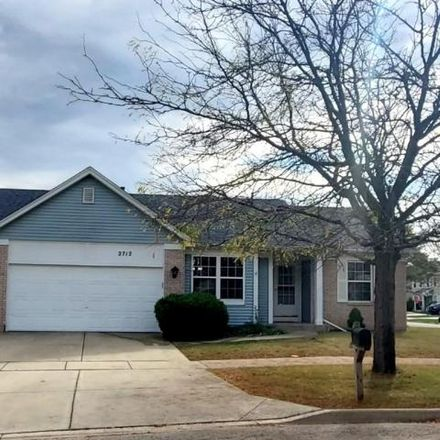 Rent this 3 bed house on 2710 West Downer Place in Aurora, IL 60506