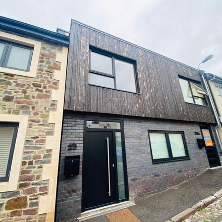 Rent this 3 bed apartment on Sydenham Lane in Bristol, BS6