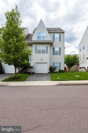 Rent this 3 bed townhouse on Cherry Street in Downingtown, PA 19335
