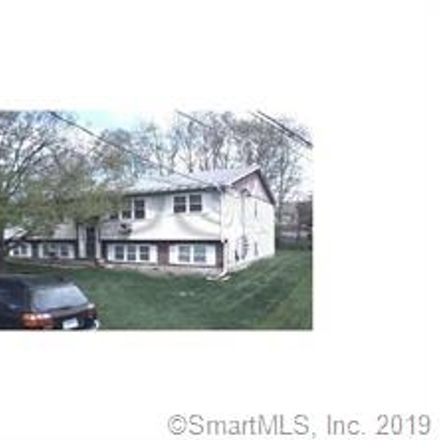 Rent this 2 bed townhouse on Waterbury in CT, US