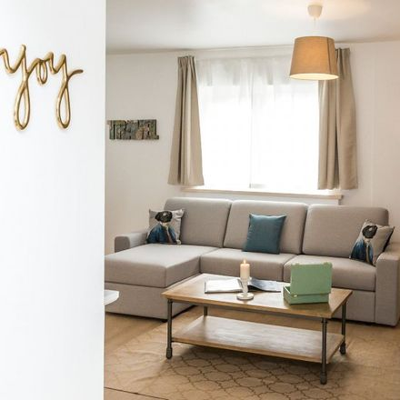 Rent this 2 bed apartment on Avenue Michel-Ange - Michel Angelolaan 46 in 1000 Ville de Bruxelles - Stad Brussel, Belgium