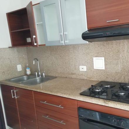Rent this 3 bed apartment on Calle 11 in Comuna 22, 760032 Perímetro Urbano Santiago de Cali