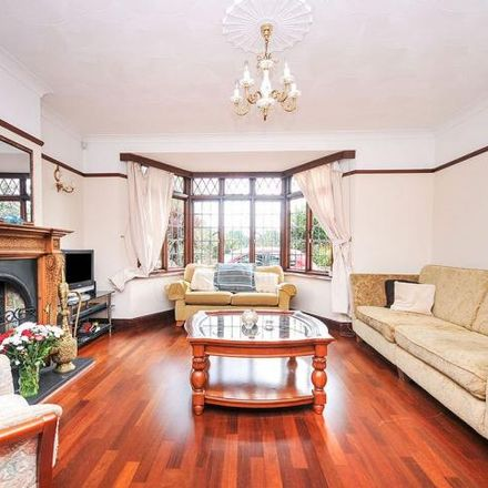 Rent this 4 bed house on Cooling Station in Eltham Palace Road, London SE9 5LU