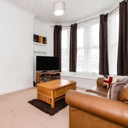 Rent this 2 bed apartment on Moorland Road Day Centre in Moorland Road, Cardiff