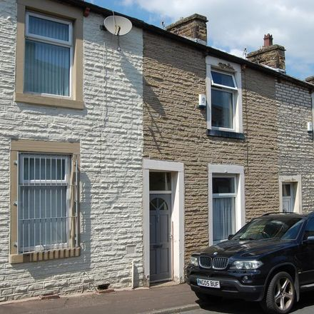 Rent this 2 bed house on Queensberry Road in Burnley BB11 4JX, United Kingdom