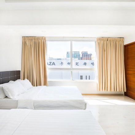Rent this 1 bed apartment on Centrepoint in 176 Orchard Road, Singapore 238846