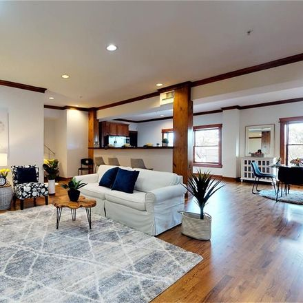 Rent this 2 bed condo on 215 West Norma Street in Houston, TX 77009