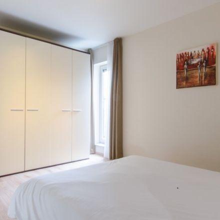 Rent this 2 bed apartment on Chaussée de Louvain - Leuvense Steenweg 16 in 1210 Saint-Josse-ten-Noode - Sint-Joost-ten-Node, Belgium