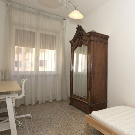 Rent this 5 bed room on Lady Chic in Viale Eritrea, 00199 Rome RM